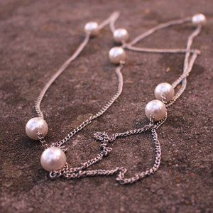 Jewelry - [5/$25] Simple Silver Chain Scatter Pearl Necklace